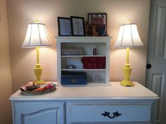 How to give a lamp a makeover.  So cute!  Love these yellow lamps.  They were originally some ugly thrift store finds...