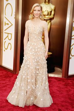 Cate Blanchett wearing Armani Privé at the #Oscars #2014: The Red Carpet Arrivals. #BestDressed #RedCarpetReady #CateBlanchet