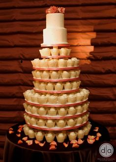 simple cupcakes wedding cake