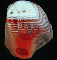 Lake Superior Agate influenced by hydrothermal fluids