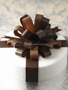 How to make a chocolate ribbon - Step-by-Step Tutorial