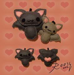 Bat plushies by Reesq