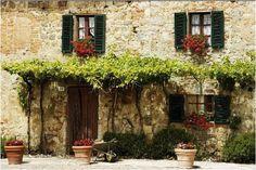 #Italian villa #tuscany