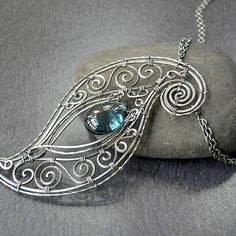 JewelryLessons.com   Learn how to make your own precious jewelry - FREE tutorials, lessons articles!