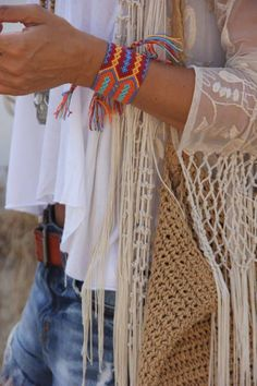 Boho kimono, short, gypsy style, crochet, accessories, fring, bohemian style, friendship bracelets, boho fashion