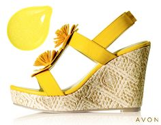 This pair makes us think of a bright, sunshine-filled day! #nailpolish #sandals