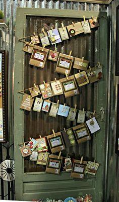 http://lifeasathrifter.blogspot.com/2012/05/reusing-old-screen-doors.html decor, christmas cards, display photos, idea, old screen doors, jewelry displays, card displays, old doors, craft rooms