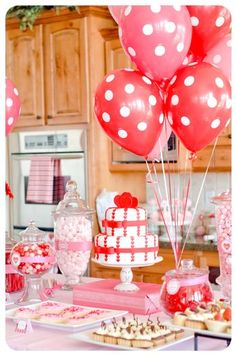 Valentines Party Decor