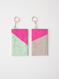 DIY-Polka-Dot-Luggage-Tag