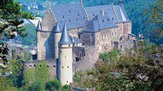 Castle of Vianden,Luxemburg  Castele si palate pline de istorie (partea 1) - galerie foto.  Vezi mai multe poze pe www.ghiduri-turistice.info  Sursa : http://www.castle-vianden.lu/english/index.html