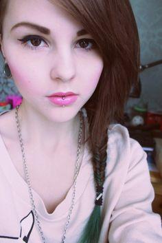 Vertical Labret my next piercing :)