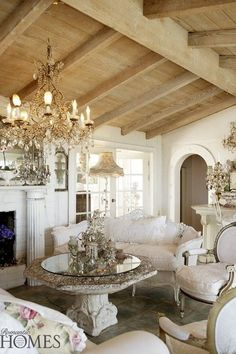Patti  White:  White House Interiors - Colleyville, Texas Romantic French antiques