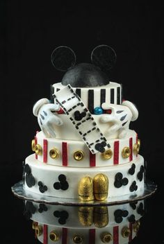Mickey Mouse Magical Wow Cake