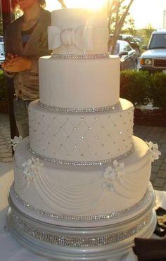Most gorgeous wedding cake ever!