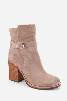 Love♥ ankle boot