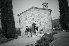 Villa San Cripolto is situated on the border between Tuscany and Umbria. Luxury Italian Wedding Venue www.romanticitalianweddings.com