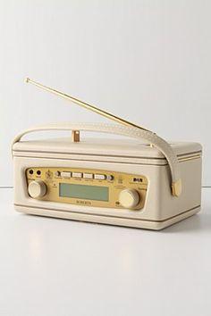 roberts revival radio- mp3 compatible