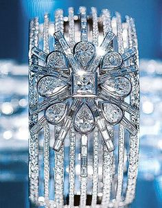 White gold and diamond cuff, Chanel Fine Jewelry,