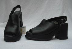 Womens Harley - Davidson Black Leather High Heeled shoes sz 8.5 Open Toe EUC