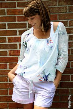 Free sewing pattern. Women's Breezy Tunic Pattern and Tutorial by Me Sew Crazy.