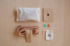 leash . salmon/medium ++ blink things