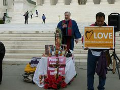 Rev. Craig Roshaven, UUA Witness Ministries Director, leads the 4pm-6pm shift of the 48-hour prayer vigil being held in front of the US Supreme Court.