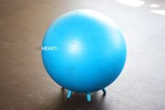 4 ESSENTIAL EXERCISES ON THE SWISS BALL (video tutorial)