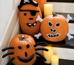 Pottery Barn Style on a Budget: Halloween Edition - Makely School for Girls  #creative #DIY #preschool #prek #kindergarten #kids #children #pumpkin #Halloween #HappyHalloween #kids #children #outdoor #outside #simple #party #decoration #home #decor