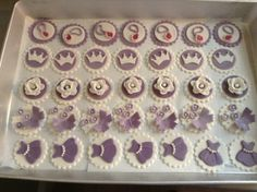 Princess Sofia the first cup cake toppers !