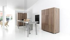 Bucatarie B2 Bulthaup 3 kast bulthaup, b2 bulthaup, kitchen furniture, pantry closet, closet containingeveryth, keuken inspirati, houten keuken, kitchen designs