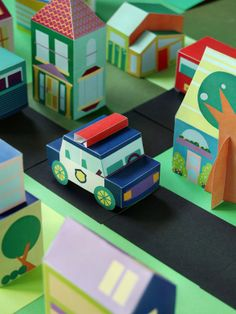 Free Printable Paper Toy Downloads - Build a neighborhood with houses, cars, and people! Via SmallforBig.com