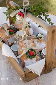 gift baskets, pound cakes, christmas foods, homemade christmas gifts, christma gift