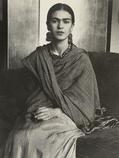 Imogen Cunningham - Frida Kahlo, 1931