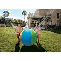 Discovery Kids Inflatable Beach Ball Sprinkler Water Toy.