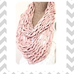 Arm Knitted Infinity Scarf PDF