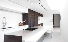 Inspiratie keuken on pinterest modern kitchens kitchen contemporary and met for Interieurinrichting