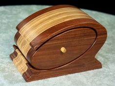 Awesome chicago style bandsaw box!