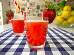 Strawberr-Wee Lemonade