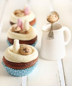 Milk & Chocolate Chip Cookie Cupcakes! How charming are these - love the little milk bottles!