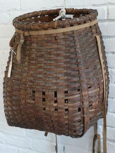 Antique Adirondack splintwood fishing basket