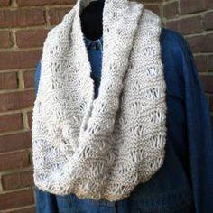 Midtown Infinity Scarf Knit Pattern // Luulla