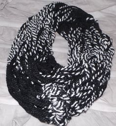 Arm Knitting: How to Make a 30-Minute Infinity Scarf and