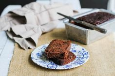 Comfy Belly: Chocolate Zucchini Bread