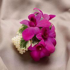 orchid corsag, wristlets, champagne, wristlet corsage, colors