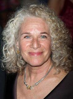 Carol King is 70. She looks fantastic!