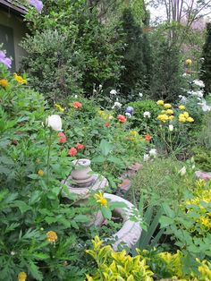 Front cottage Garden www.mysoulfulhome.com