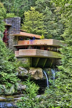 Chuck Kuhn's USA in Photos: Frank Lloyd Wright Falling Water