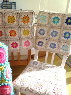 Granny crochet squares and some pretty covered chairs! ¯\_(ツ)_/¯  I'm all over this project!
