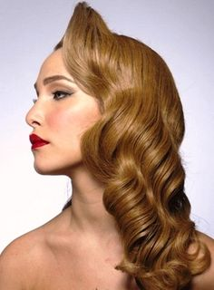1920's long hairstyle