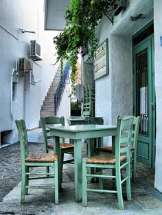 Skyros Greece July 2009, Perfect spot for fresh from the docks calamari, greek salad, & tzatziki  .